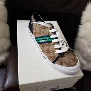 Coach Signature Sneaker